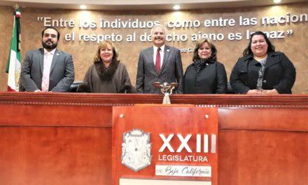 Instalan mesa directiva del Congreso de BC, encabezada por Víctor Morán