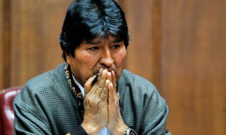 Gobierno de Bolivia gira orden de aprehensión contra Evo Morales