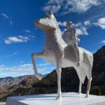 Develan escultura en honor a José Alfredo Jiménez en La Rumorosa